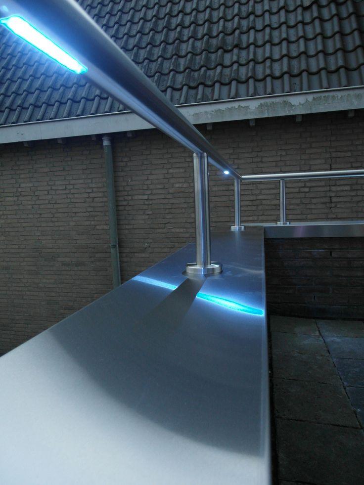 41 best images about trapleuningen met led verlichting on. Black Bedroom Furniture Sets. Home Design Ideas
