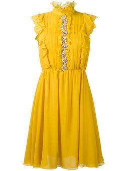 расклешенное платье с оборками