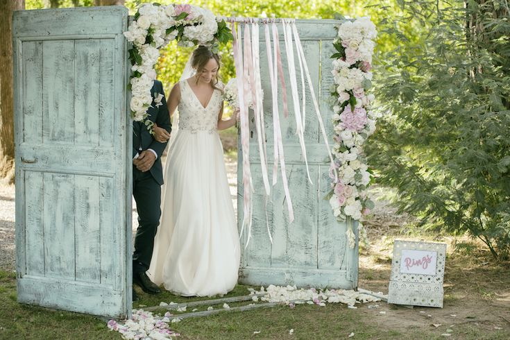 vintage doors for a stunning ceremony entrance