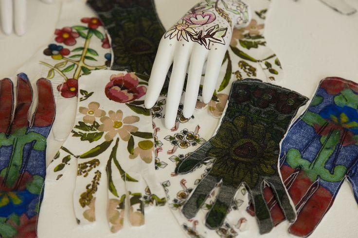 Glove Shapes/ Pattern/Florals/ Mannequin Hand