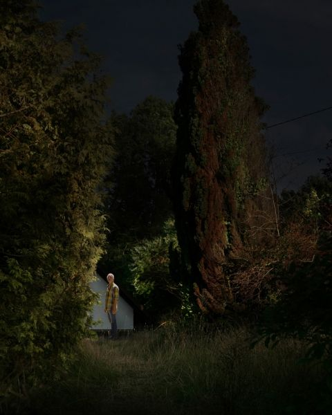 "© Nicolas Dhervillers, ""Tourists"", 2010 #photolevallois #night #nature #light #obscure http://www.photo-levallois.org/en/exhibitions/edition-2010/14/nicolas-dhervillers.html"
