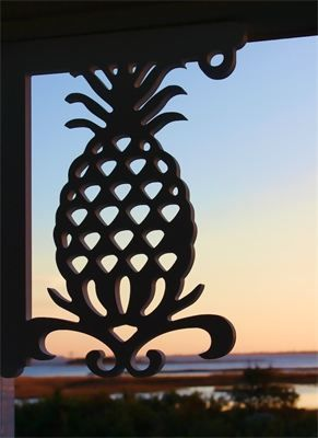 © Pineapple Bracket : Top Quality UV Inhibited PVC  21x16  Great for porch renovations, beach home improvement, exterior home renovation, kitchen decorative brackets, interior privacy shutters, mailbox brackets and more.