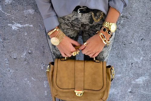 ;Fashion Beautiful, Prints Pants, Gold Rush, Style, Accessories, Gold Jewelry, Arm Candies, Bling Bling, While