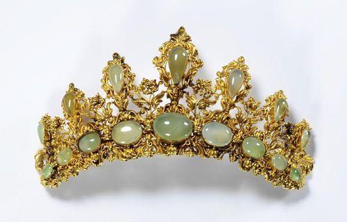 Tiara, England, 1830, cast gold & chrysophrase, V&A