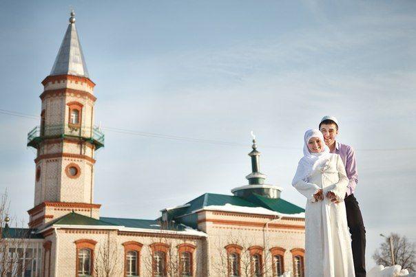 здесь знакомятся только татары
