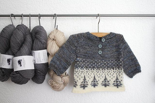 Ravelry: ittybitty's winter forest. Pattern is Anders by Sorren Kerr