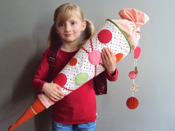 "A German ""Back to School Cone"", filled with school supplies, snacks and goodies.  Fun idea! {Schultüte ""Punkte""}"