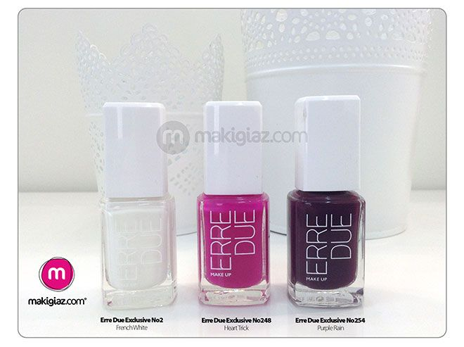 Halloween inspires Makigiaz Com to create a manicure for the occasion. Spooky but Girly it might have a little ghost as nail art but it keeps its girly attitude.  English Article http://makigiaz.com/blog/mani-day-spooky-but-girly-en  Greek Article http://makigiaz.com/blog/mani-day-spooky-but-girly