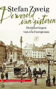 Stefan Zweig geeft in 'De wereld van gisteren' op sublieme wijze een tijdsbeeld weer van het Europa en met name van het Oostenrijk van zijn tijd (eerste decennia van deze eeuw). Hij schrijft over zijn kinderjaren, de school die hij haatte, z'n studententijd, z'n reizen en ontmoetingen.