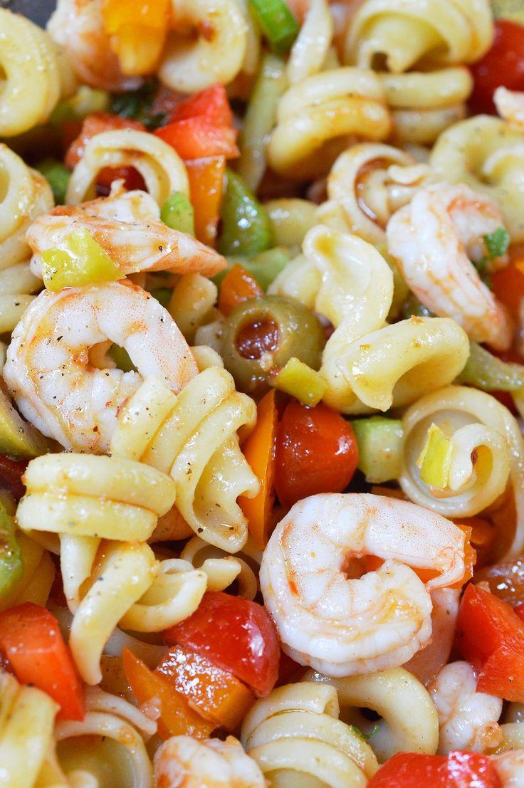 Wenn Sie nach kühnen und einzigartigen Aromen suchen, ist dieses Bloody Mary Shrimp Pasta Sa …   – Spinach tortellini