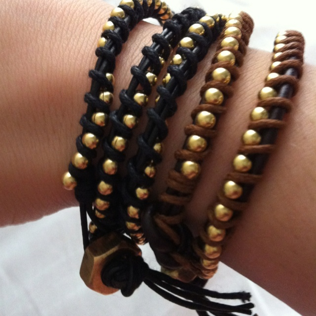 DIY chan luu... super easy to make! supplies from michaels and home hardware: Beads Wires Jewelry, Beads Chains, Beads Jewelry Diy, Diy Crochet Bracelets, Bracelets Collection, Beads Wire Jewelry, Diy Bracelets, Diy Channing, Leather Wraps Bracelets