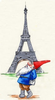 Gnome in Paris... what is it about a gnome that gets me everytime?
