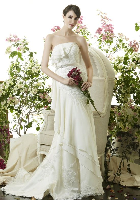 Saison Blanche Couture 4243 Wedding Dress - The Knot