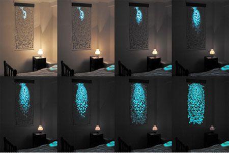 Digital Dawn è un innovativo dispositivo luminoso in tessuto elettroluminescente fotosensibile, ispirato al fenomeno della fotosintesi clorofilliana.