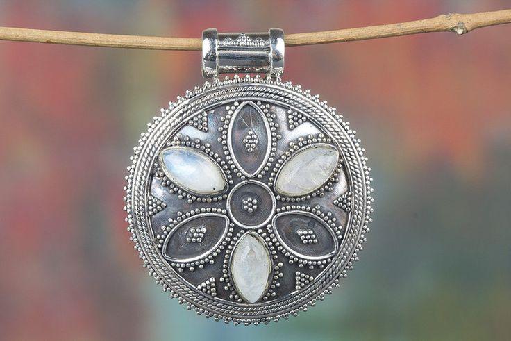 Silver Pendants – Moonstone Pendant, 925 Silver Pendant, Bridal Gift – a unique product by Midas-Jewelry on DaWanda