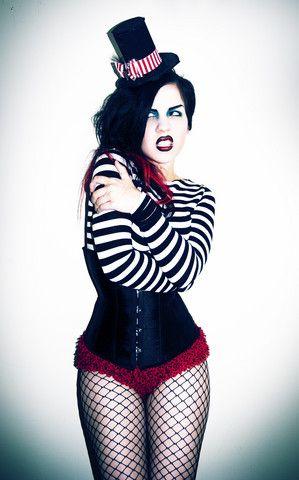 Halloween Freakshow (by Megan Gardner) http://lookbook.nu/look/1244155-Halloween-Freakshow
