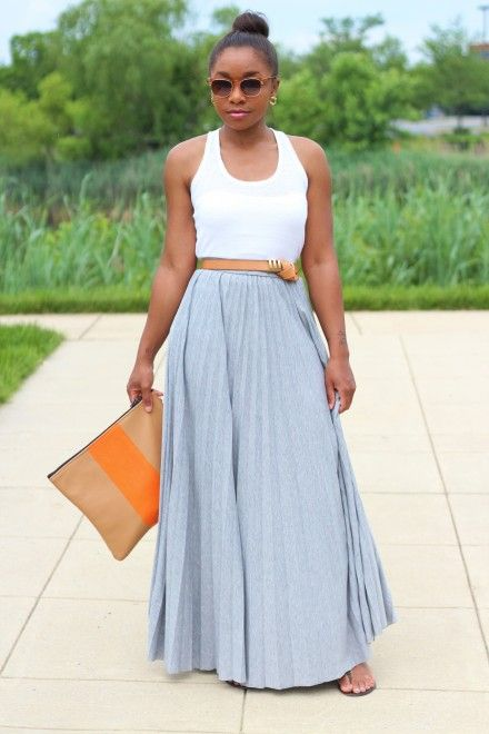 Love this simple summer look. And obsessed with that belt!
