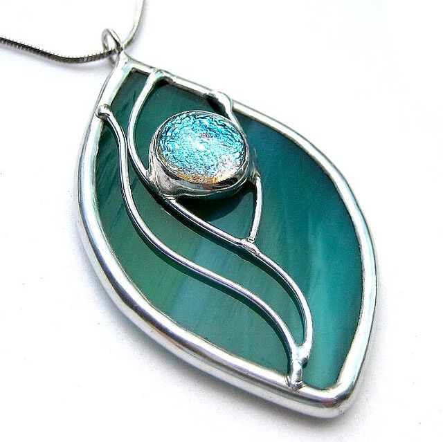 Stained glass with dichroic cabochon by lingglass, via Flickr