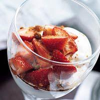 Recept - Platte-kaas met aardbeien en speculaas - Allerhande