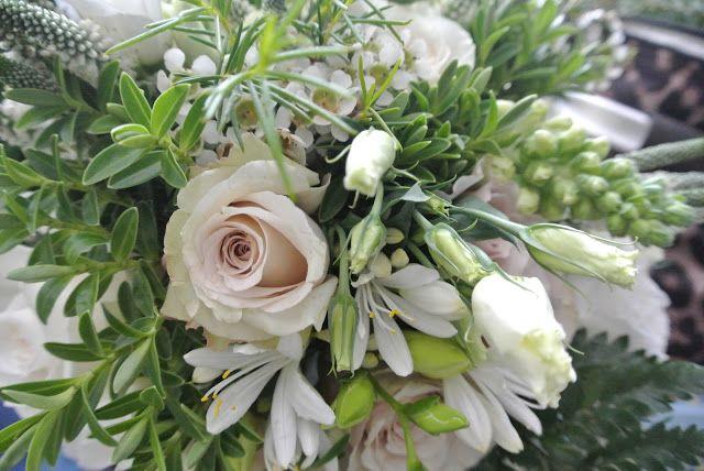 DIY bridal bouquet wedding flowers roses freesias veronica lisianthus agapanthus
