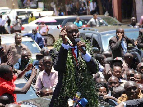 Mandago causes 3-hour traffic jam in Eldoret after quizzing by DCI in Nairobi - The Star Kenya