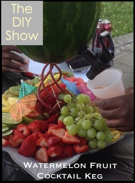 Drunken watermelon watermelon Fruit Cocktail keg #crafts #diy #watermelonkeg