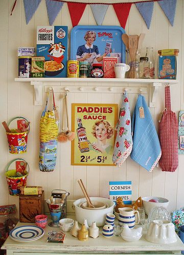 Retro kitchen stuff. I would love to decorate my kitchen with these! Plus dia de los muertos... It could work :)