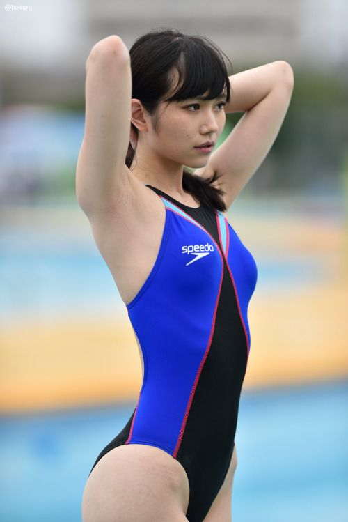 how to put on racing swimsuit