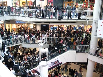 Capitalize on Boxing Day Deals in Canada