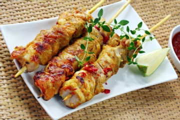 Spicy Garlic Grilled Chicken Skewers
