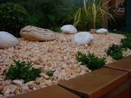 Imagenes de jardines de piedras buscar con google - Piedra decorativa jardin ...