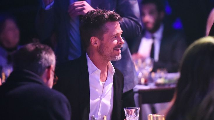eminencepicturesque engaging you with all round happenings.: Brad Pitt loses auction to watch 'Game of Thrones'...