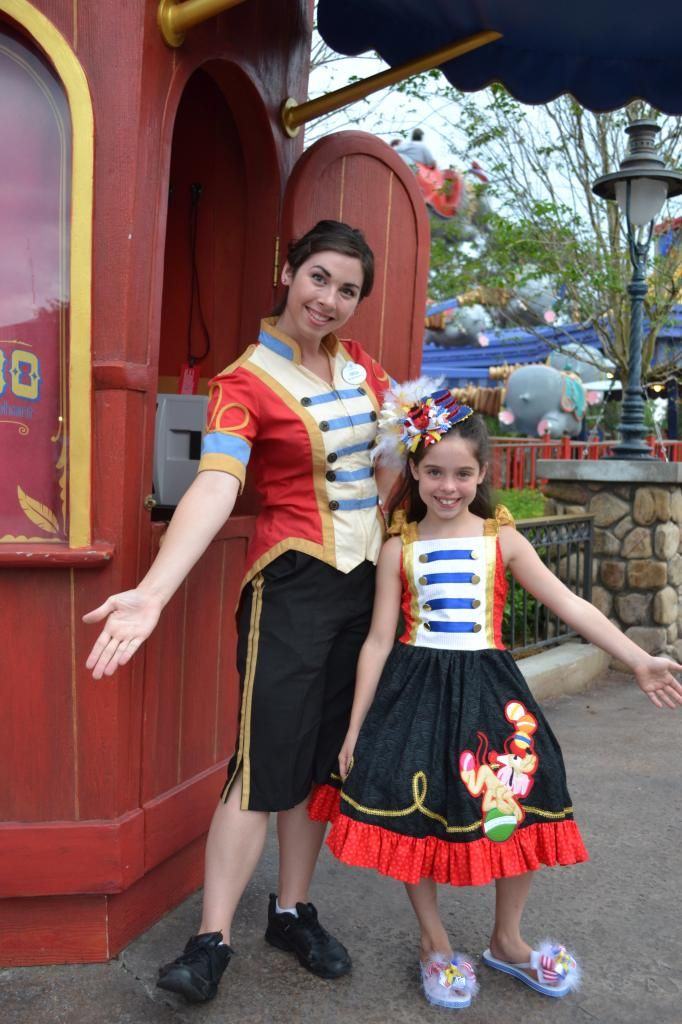 Best Disney Cast Member Ideas On Pinterest Cast Member Walt - Mom creates the most adorable costumes for her daughter to wear at disney world