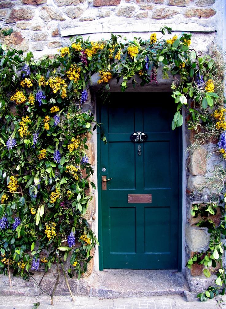 Flora Day door dressing