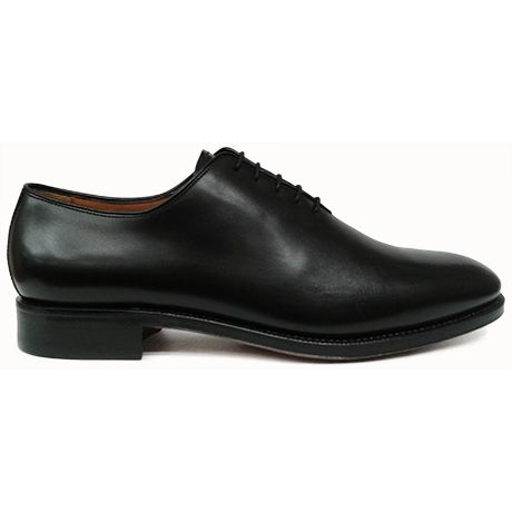 Zapato oxford enterizo en color negro de Yanko vista lateral