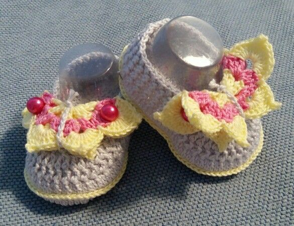 Baby shoes farfalla
