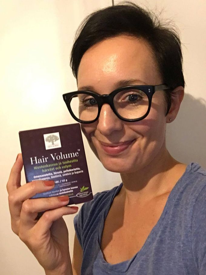 Uskon vahvasti luontaistuotteiden voimaan. Itseasiassa se ei ole edes uskon asia, sillä tosiasiat puhuvat puolestaan. Käytän päivittäin laadukkaita luontaistuotteita oman hyvinvointini ylläpitämiseen. On ilo kertoa toimivista tuotteista muillekin. #hiukset #kauniithiukset
