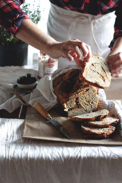 KidsandChic: Pan de tomate y aceitunas negras , el mediterráneo... BREAD PHOTOGRAPHY