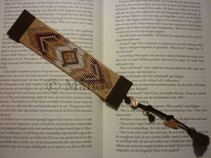 Handgeweven Miyuki boekenlegger boeken legger bruin koper native indianen hand geweven handgemaakt geweven beads loom beaded door MadeByMandyNL op Etsy