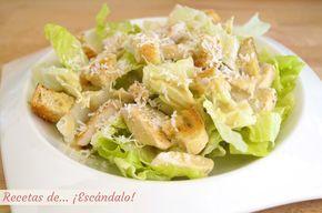 Ensalada césar con pollo y salsa césar casera, la receta original