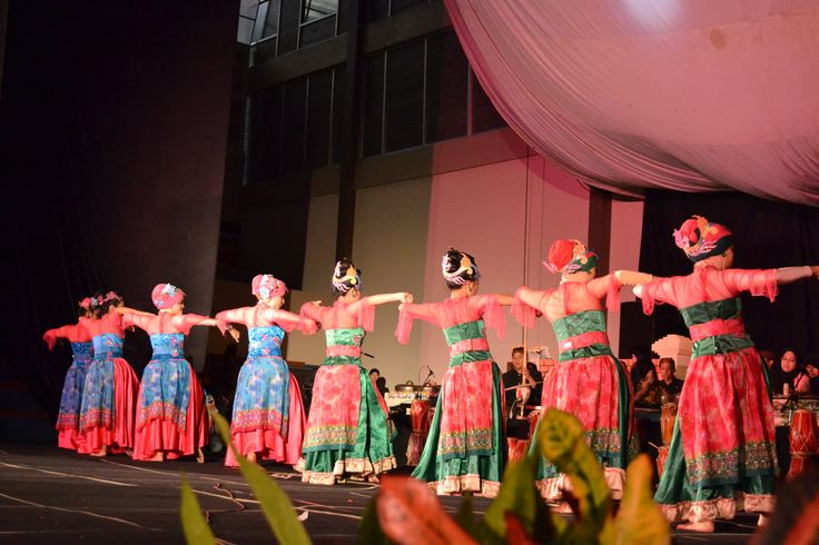 Langit Biru, Sundanese traditional dance from West Java, Indonesia