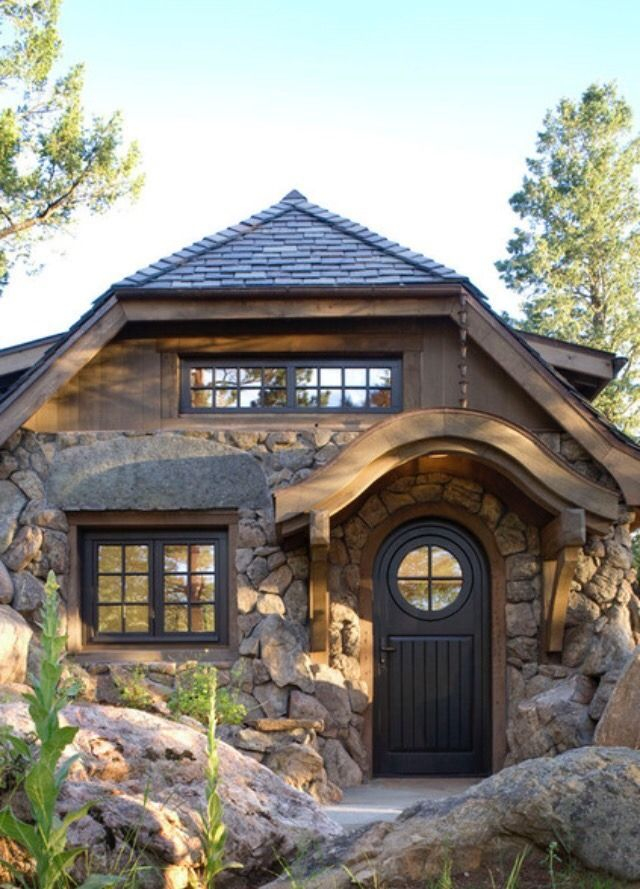 PREFAB & SMALL HOMES — Mountain Cottage by Golden, Colorado based