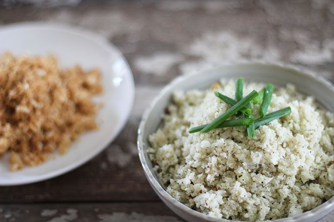 CAULIFLOWER RICE RECIPES ~~~ how to make basic cauliflower rice, and many other varieties (spanish, curry, fried, italian, greek, sweet lemon, suchi, herbed, cheezy) [nutritionstripped]