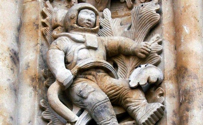 Antichi alieni? Rivelato il mistero dell'astronauta della cattedrale di Salamanca