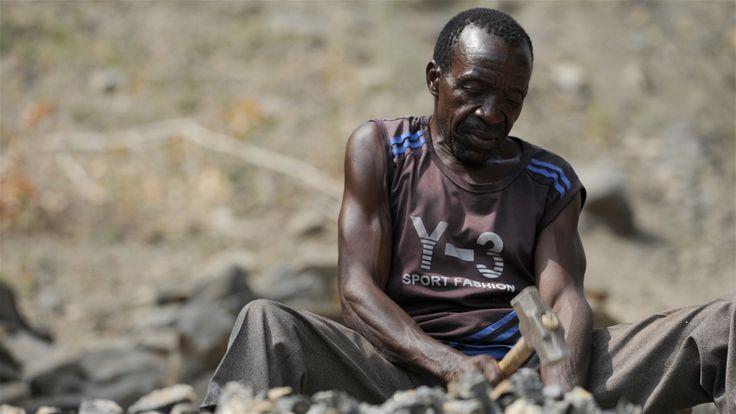 IRIN   Photo   Small scale miner near the northern Malawian town of Mzimba (June 2013)