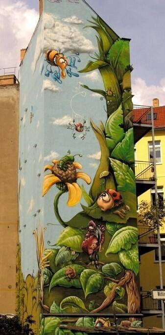Da un muro di Berlino [#streetart by Gino Fuchs via @Beyond Banksy Project]