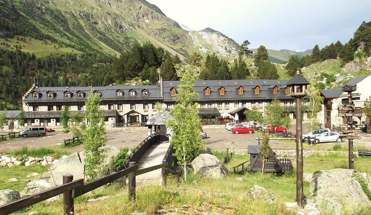 17 best images about pirineos on pinterest lightbox - Spa llanos del hospital ...