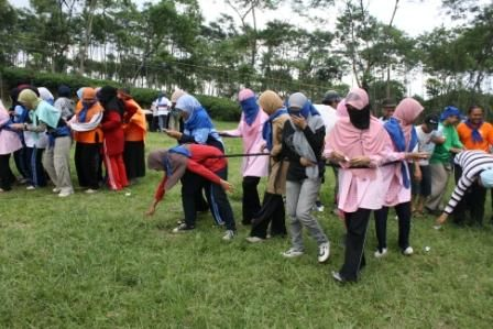 Kami provider outbound terbaik di Kota Malang. untuk informasi lebih lanjut kunjungi website kami  di www.nolimitadventure.com