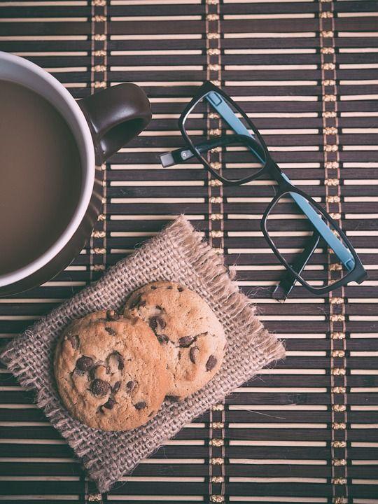 Il cibo è questione di punti di vista! 🍪 ☕️ 👀  ➡️ SCONTO -50% sul primo acquisto di occhiali per #presbiti su http://promo.premontati.com