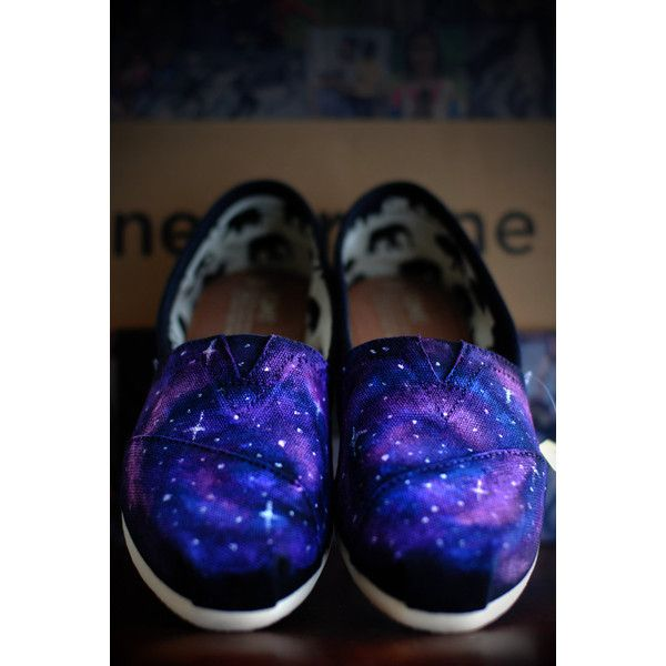 Galaxy Toms (335 BRL) ❤ liked on Polyvore featuring shoes